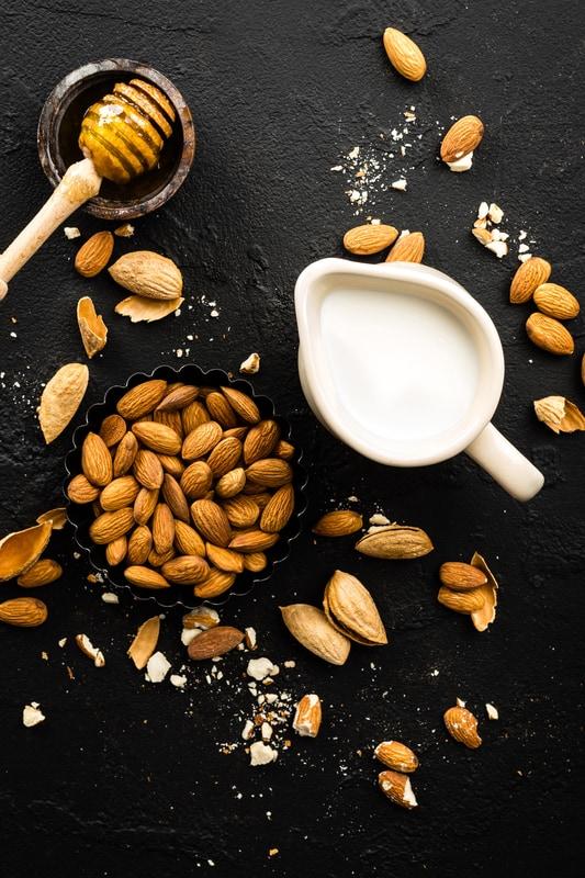 simple Almond milk Recipe