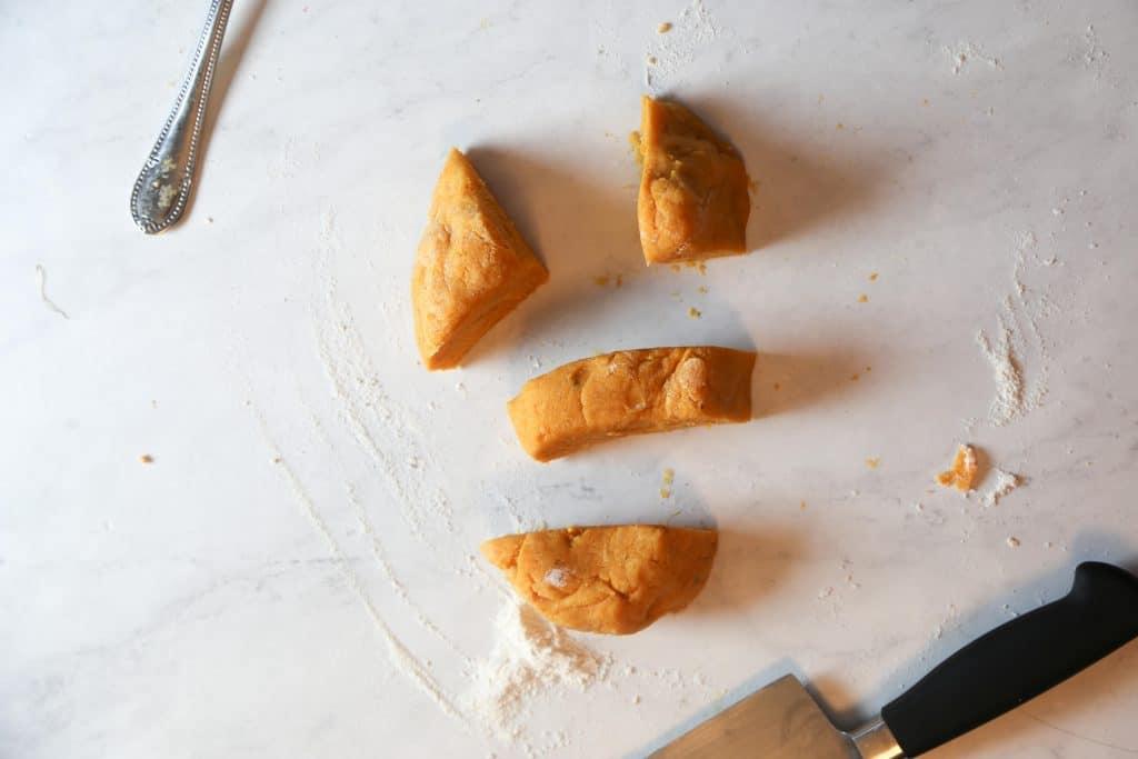sliced sweet potaroes